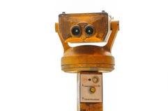 老投入硬币后自动操作的双筒望远镜照片  库存图片