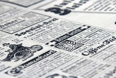 老报刊广告 免版税库存照片