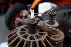 老拖拉机用内燃机零件 免版税库存图片