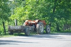 老拖拉机 免版税库存图片