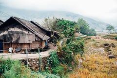 老挝人柴乡下村庄在Sapa,越南 免版税库存照片