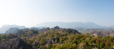 老挝山风景 免版税库存照片