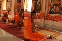 老挝:在圣洁stupa的Monastry那Luang在首都Vien 免版税库存照片