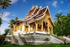老挝luang博物馆宫殿prabang皇家寺庙 免版税库存图片