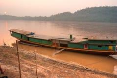 老挝luang湄公河prabang河 免版税库存图片