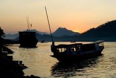 老挝luang湄公河prabang远景 库存照片