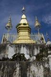 老挝luang phousi prabang寺庙 免版税库存图片