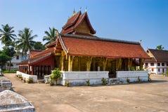 老挝luang prabang皮带wat xieng 免版税图库摄影