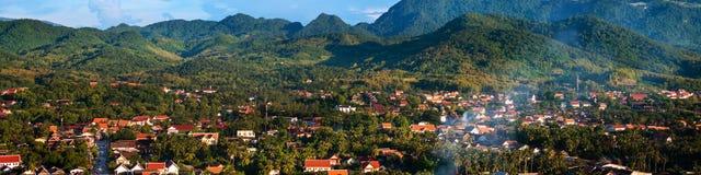 老挝luang prabang 日间鸟瞰图 库存图片