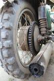 老摩托车的轮子 图库摄影
