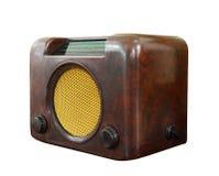 老收音机被隔绝在白色裁减路线 免版税库存照片