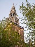 老教会在暮色天空下 免版税库存照片