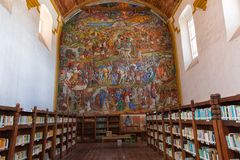 老教会把变成图书馆在墨西哥 免版税库存照片
