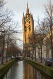老教会(斜塔)在德尔福特 免版税库存照片