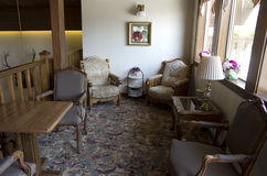 老旅馆休息区 库存图片