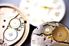 老时钟机械金属 免版税图库摄影