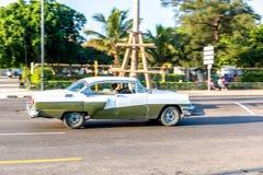 老朋友出租汽车在哈瓦那 图库摄影