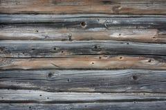 老木日志和委员会墙壁的背景纹理  免版税库存照片
