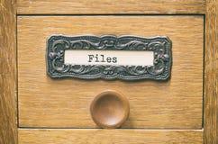老木档案库文件目录抽屉,老数据文件 免版税库存照片