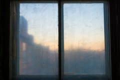 老木窗口,自由空间 免版税库存照片