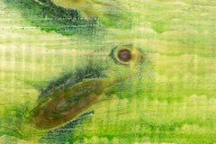老木表面绘与绿色油漆 库存图片