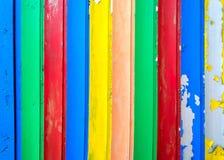 老木头被绘的五颜六色的板条表面  免版税图库摄影