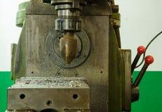 老机器钻井工作 免版税库存照片
