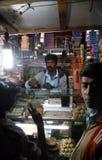 老杂货店在一个农村地方在巴鲁伊普尔,西孟加拉邦 免版税库存照片