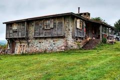 老村庄在奥尔杜土耳其 免版税图库摄影