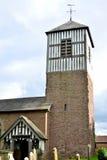老村庄教会在英国 免版税库存图片