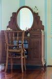 老柚木树木头家具 库存照片