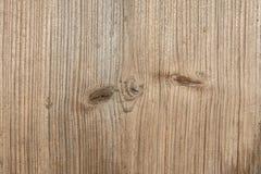 老树,古老被风化的木头,抽象背景表面的纹理与纵向镇压的  免版税库存照片
