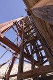 老框架顶头梯子开采 免版税库存图片