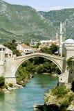 老桥梁在莫斯塔尔,波斯尼亚 图库摄影