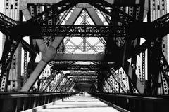 老桥梁铁 免版税图库摄影