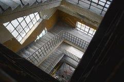 老楼梯 免版税库存图片