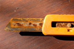 老橙色切削刀 库存图片