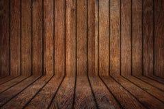 老橡木空的木室 免版税库存照片