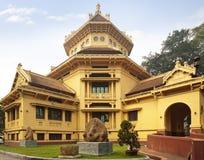 老殖民地大厦在越南 免版税库存照片