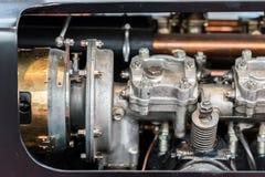 老汽车内燃机 库存照片