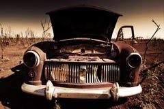 老汽车沙漠 免版税库存图片