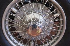 老汽车轮胎特写镜头  库存照片