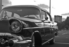 老汽车,减速火箭的汽车, black&white 免版税库存照片