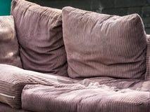 老沙发 免版税库存图片