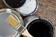 老油漆能盒盖 免版税库存照片
