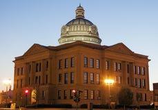 老法院大楼在林肯,洛根县 免版税库存照片