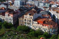 老波尔图看法街市从Clerigos塔 图库摄影