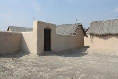 老泥小屋阿拉伯村庄,在富查伊拉,阿拉伯联合酋长国 免版税库存照片