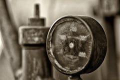老测压器 免版税库存图片