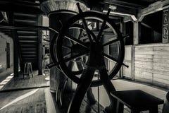 老海盗船内部  免版税库存照片